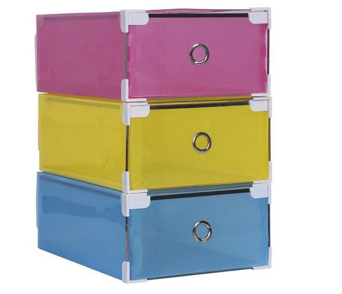 Có hộp trong suốt và hộp nhiều màu nhìn được bên trong cho bạn chọn