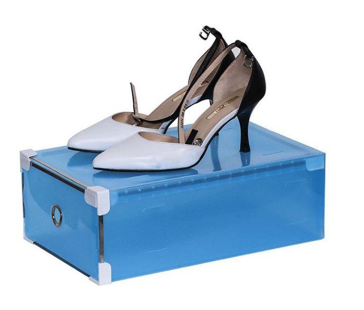 Không chỉ đựng giày thể thao, hộp còn đựng được giày cao gót