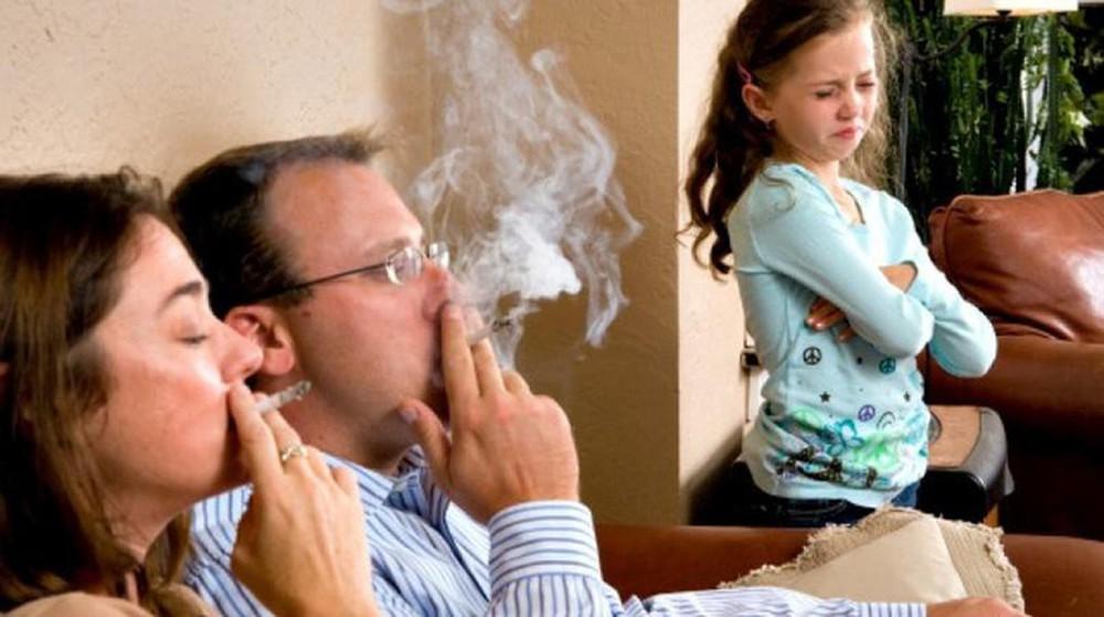 Mối nguy hại của thuốc lá với trẻ