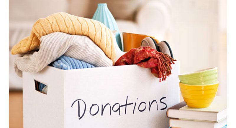 Quyên góp quần áo