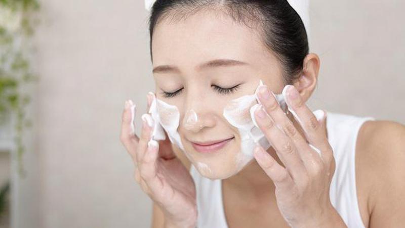 Rừa mặt bằng sửa rửa mặt