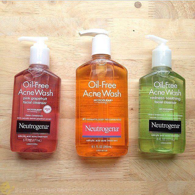 Sữa rửa mặt Neutrogena Oil Free dành cho da dầu mụn
