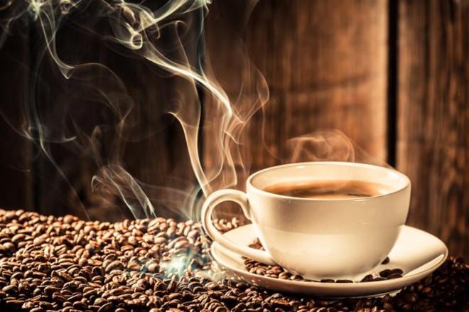 Thưởng thức một ly cafe