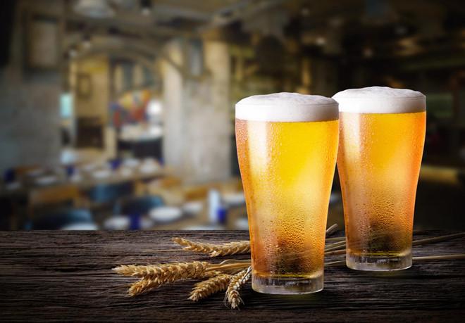 không nên uống nhiều bia rượu