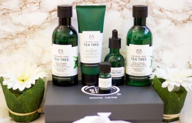 Nước hoa hồng The Body Shop Tea Tree Skin Clearing rất thích hợp cho da dầu mụn