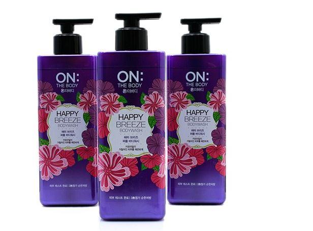 Sữa tắm nước hoa On The Body Happy Breeze thơm lâu