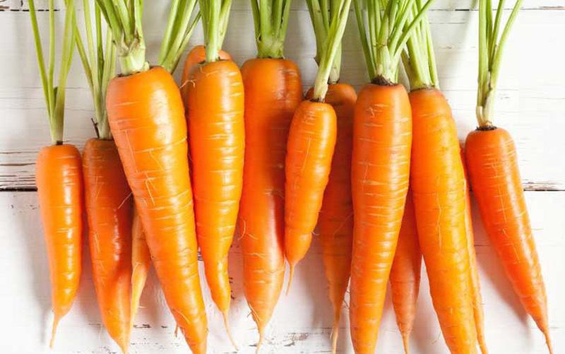 Cà rốt chứa nhiều vitamin A tốt cho mắt