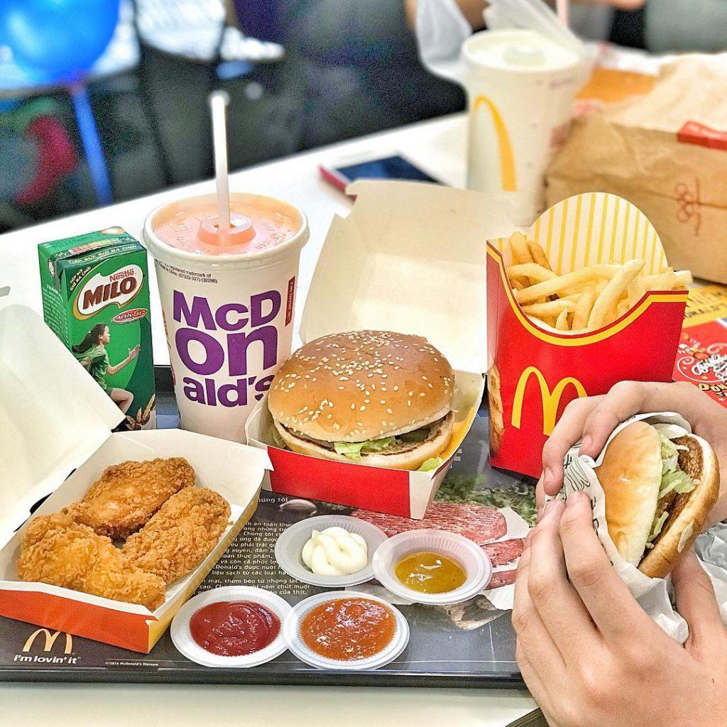 hạn chế đồ ăn nhanh