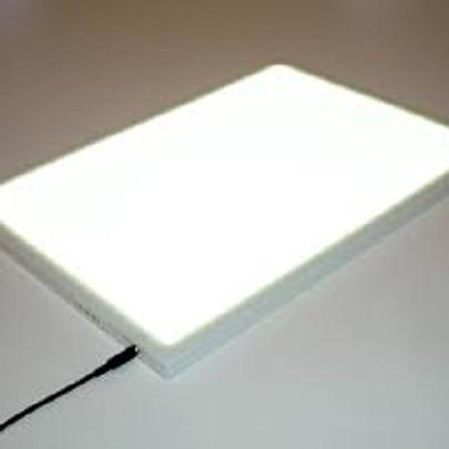 <strong>Màn hình trắng sáng hỗ trợ rất nhiều trong việc vẽ nên cuốn flip book</strong>