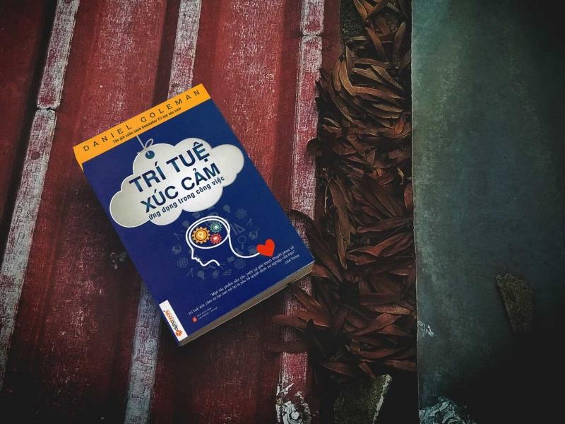 Sách giúp chúng ta đánh giá tình huống thông minh, tích cực hơn.