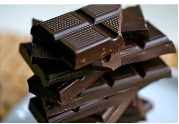 Sô cô la rất giàu flavonoid giúp lưu thông máu