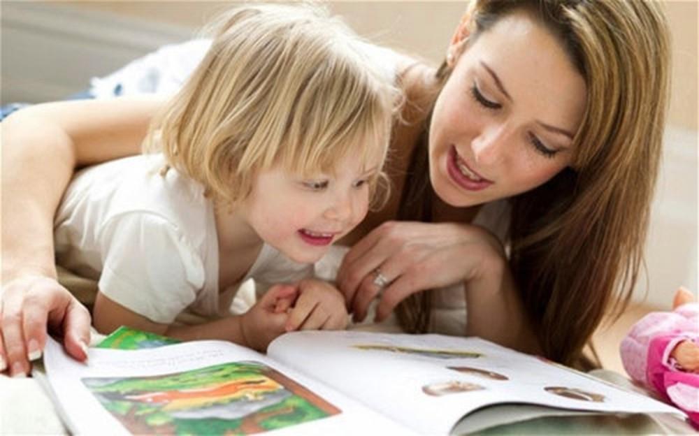 Thói quen đọc sách giúp kích thích tinh thần và giải trí.