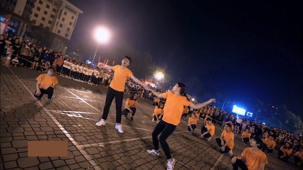 Nhảy dân vũ giảm vòng 2