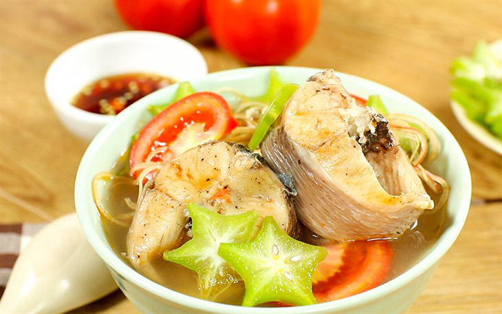 Canh chua cá món ăn thanh đạm xuất hiện trong mâm cơm của nhiều gia đình.