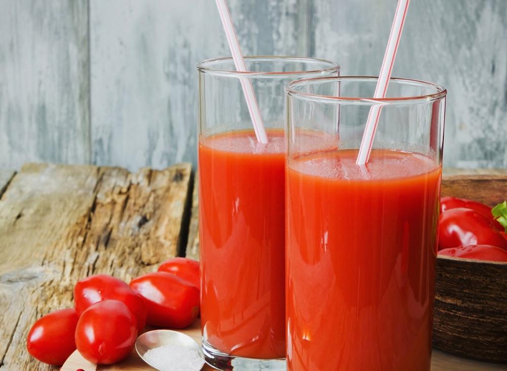 Nước ép cà chua giảm cân, trắng da