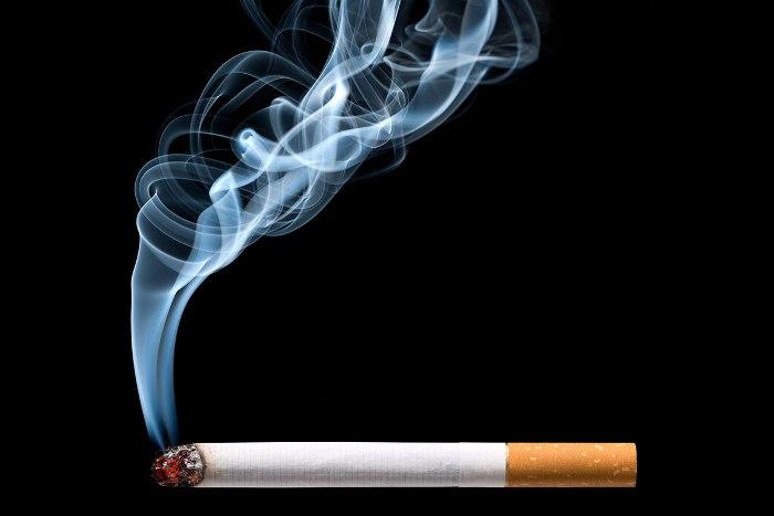 Tiếp xúc với khói thuốc làm tăng nguy cơ mắc bệnh về mắt